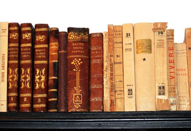 TC 9: Books